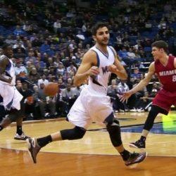 NBA: Пас не глядя от баскетболиста Ricky Rubio