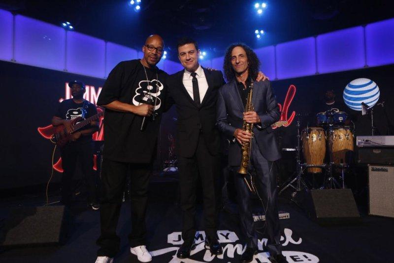"""Kenny G и Warren G исполнили в живую легендарный трек """"Regulate"""", на одном из популярных ТВ-шоу"""