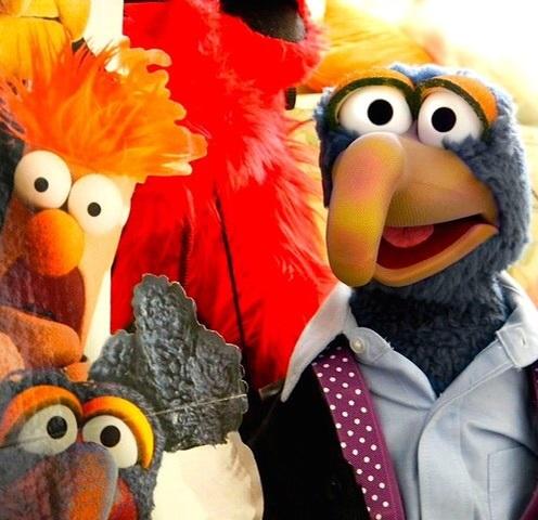 Весёлые видео от кукол Muppet Show, которые исполнили треки Digital Underground, Beastie Boys, Naughty by Nature