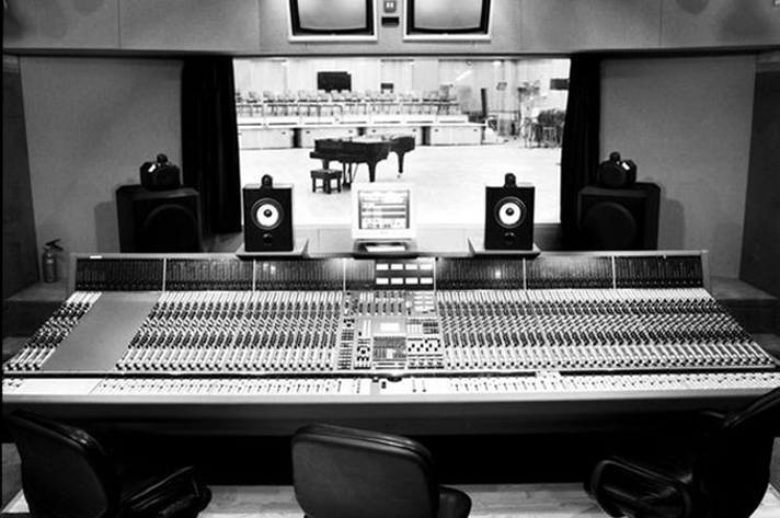 Онлайн гид по студии Abbey Road от Google
