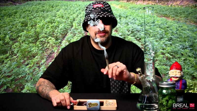B-Real представляет клип на трек Start a Fire с альбома B-Real X Dr Greenthumb «The Prescription»