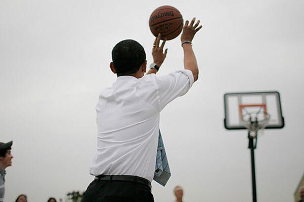 Nike подарили президенту США эксклюзивную модель кроссовок Jordan MTM