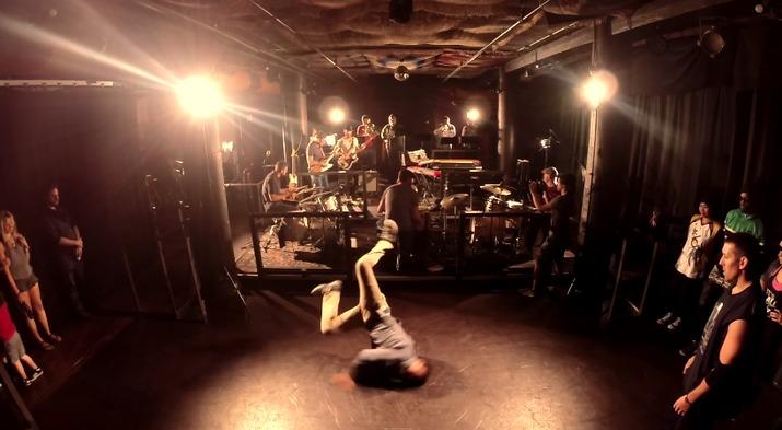 Живое выступление супер-бэнда Will Sessions