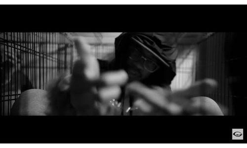 Новое чёрно-белое видео от The Doppelgangaz — Rox Wid Her