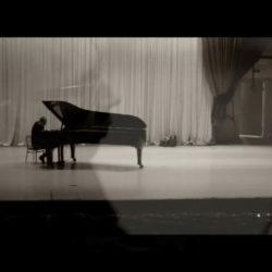 Музыкальный коллектив из Арзамаса COMEBAND представляет акустический трек -Иное-