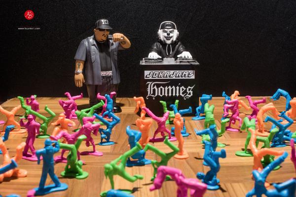 kahns-hip-hop-toy-box-21