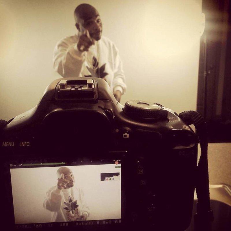 Big Twins (Infamous Mobb) включил в новое видео сразу три трека