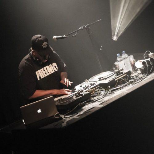DJ Premier воссоздал производство трека Gang Starr прямо на сцене