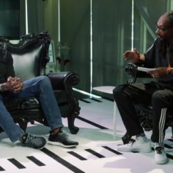 "Snoop Dogg взял интервью у Террела Оуэнса во время дебюта ток-шоу ""Turf'd Up"""