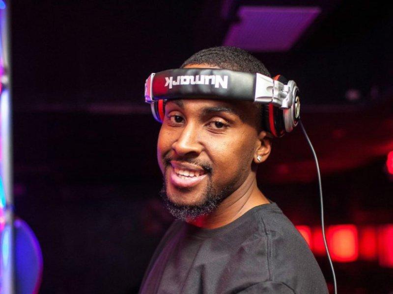 DJ был выгнан из бара и оштрафован за то что играл трэк N.W.A «Fuck Tha Police»
