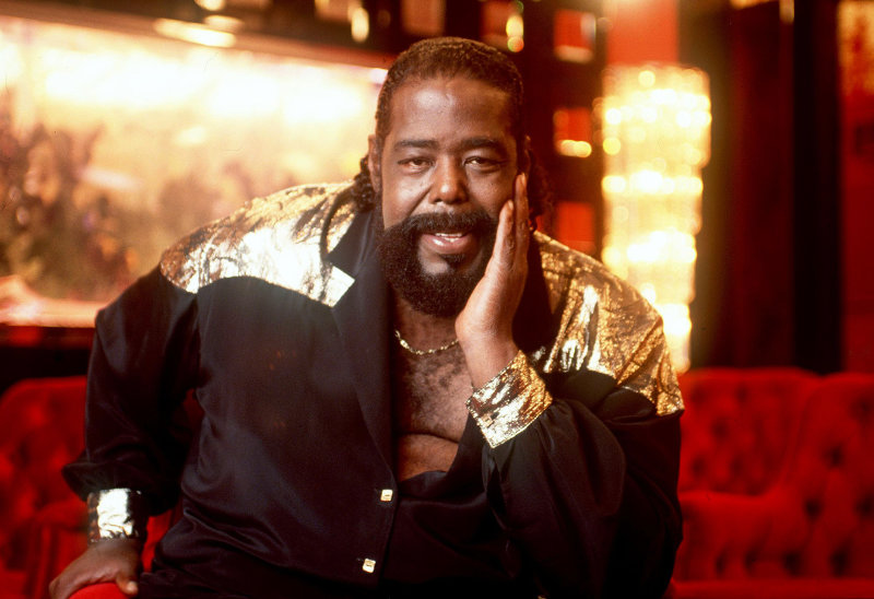 SHERMAN OAKS, CA: (FILE PHOTO) Singer Barry White poses at his home in this 1987 photo in Sherman Oaks, California. White, who was suffering from kidney failure and high blood pressure, died at the age of 58 July 4, 2003 at Cedars-Sinai Medical Center in Los Angeles, California. (Photo by Paul Harris/Getty Images)