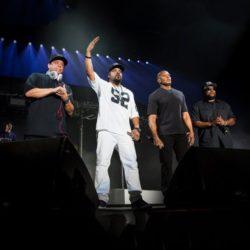 N.W.A. впервые за 27 лет зачитали треки со сцены на фестивале Coachella