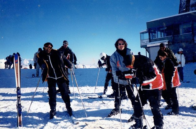Former No Limit artists Mac, Snoop Dogg, Kane & Abel and Corey Miller pose for a photo in Switzerland, in 1998.