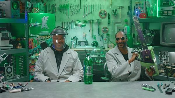 Snoop Dogg и Xzibit научат вас творить чудеса из пивных банок