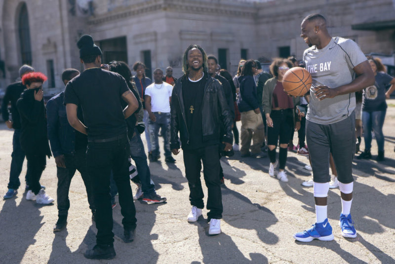 Draymond_Green_On_Set_of_Beats_By_Dre_Tell_Me_When_To_Go_B_Ready_Commercial_Shoot_wfr89h