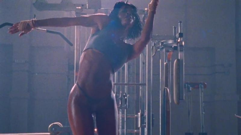 [Премьера клипа] Kanye West – «Fade»