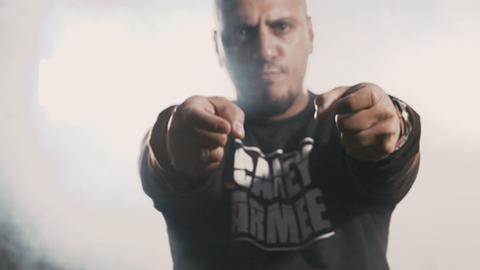 Германия: Alpa Gun выпустил новый альбом и поддержал его ещё одним клипом «Chaos»