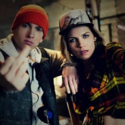 Eminem принял участие в треке Skylar Grey «Kill For You»