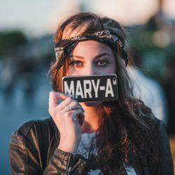 Соул-певица MARY-A выпустила дебютный альбом и представила видео на заглавный трек