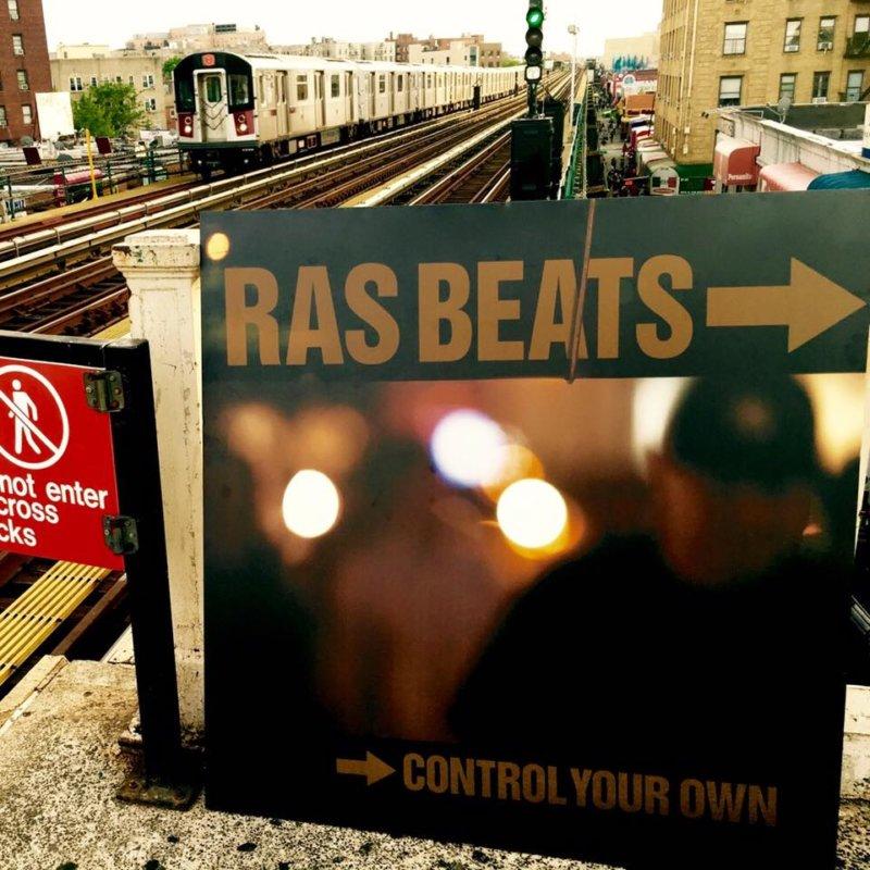 Как сейчас выглядит район Queens можно увидеть в новом видео Ras Beats