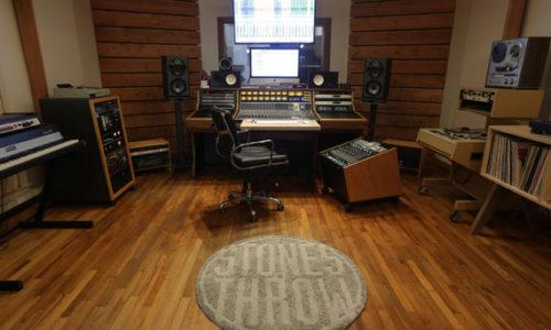 Легендарный лейбл Stones Throw Records открыл собственную студию в Лос Анджелесе