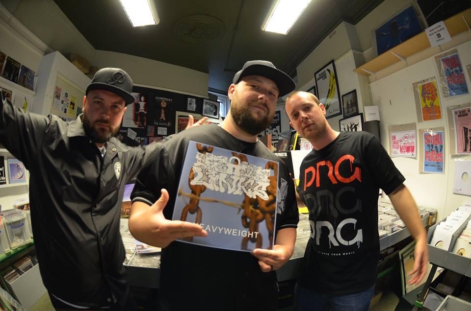 Англия: качающий бум-бэп от трио Heavy Links «Still The Same Crew»