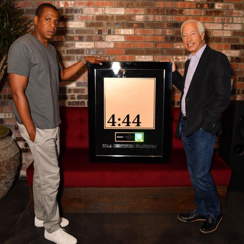 Новый альбом Jay-Z «4:44» стал Платиновым, всего за неделю!