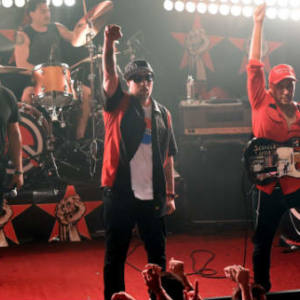 Prophets of Rage – «Living On The 110»
