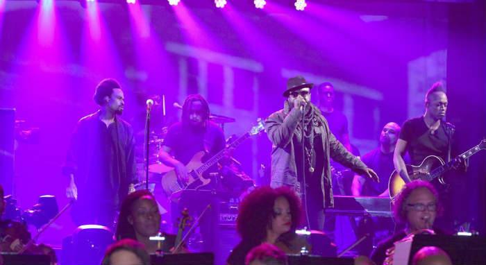 The Roots и Bilal выступили на шоу Джимми Фэллона