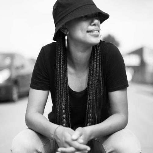"""Девушка-МС из Англии Amy True с новым видео """"A Mess"""" ft. Sus Bully"""