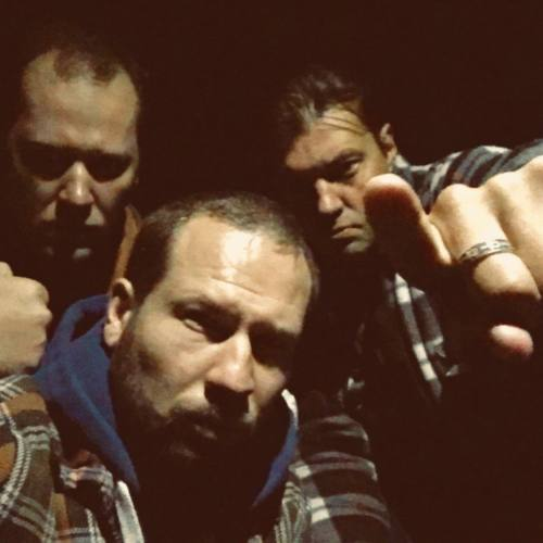 Группа CRE8IVE (Sir-J, Leonoff, Pum, Julia L.) представила концертное видео на свой первый сингл «Мы Поймали Белку»