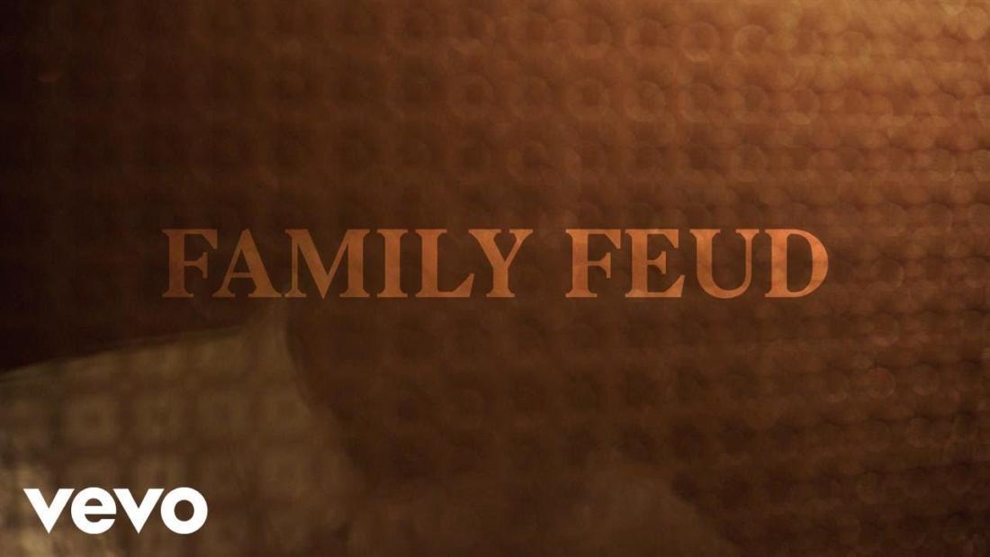 JAY-Z – «Family Feud» (feat. Beyoncé)