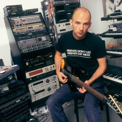 Рай для музыкантов: Moby распродает свою музыкальную аппаратуру
