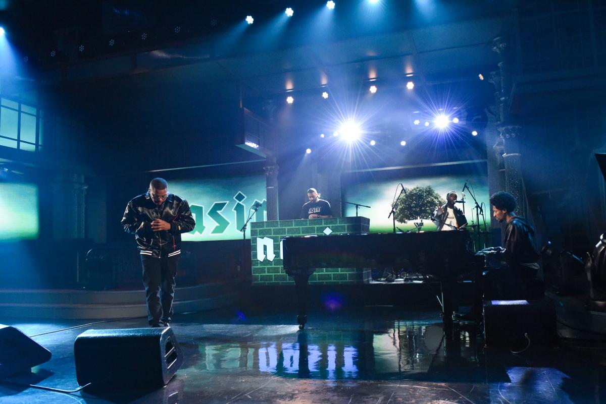 Nas исполнил «Adam And Eve» на шоу Стивена Кольбера