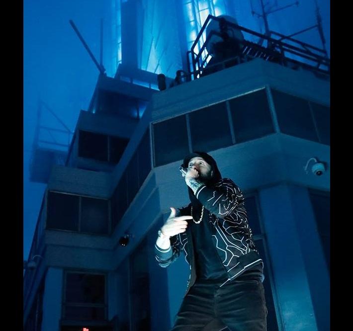 "Eminem исполнил трек ""Venom"" в здании Empire State Building"