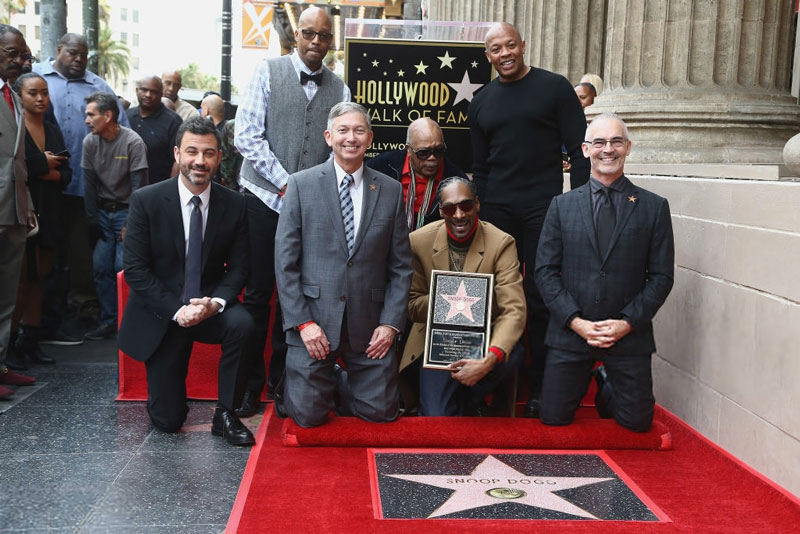 Snoop Dogg получил звезду на Голливудской Аллее славы и поблагодарил за это самого главного человека в своей жизни — себя