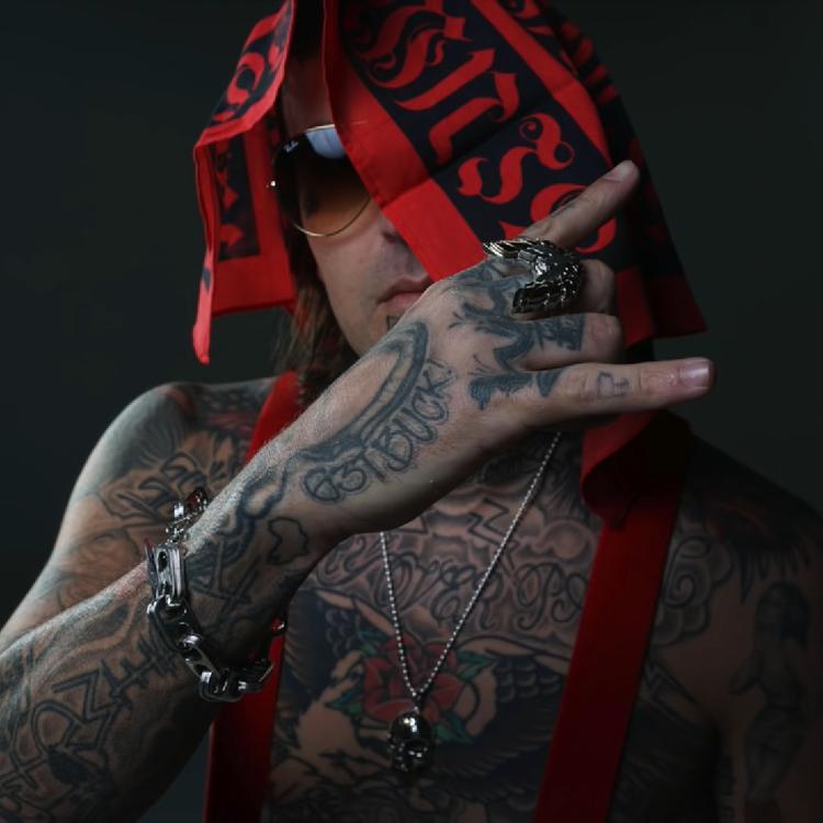 Yelawolf — «Gangsta Walk» Freestyle