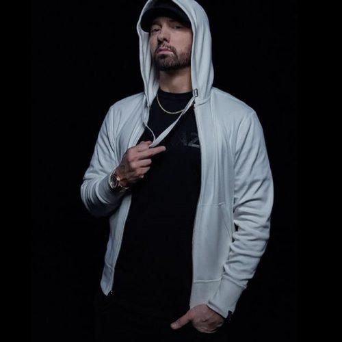 Eminem празднует 11 лет трезвости