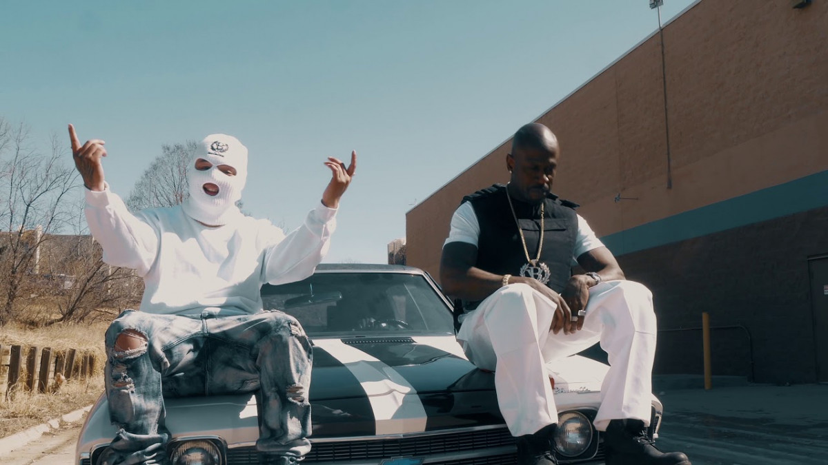 B2D — «Hit 'Em Up» (feat. Dom Vinci)