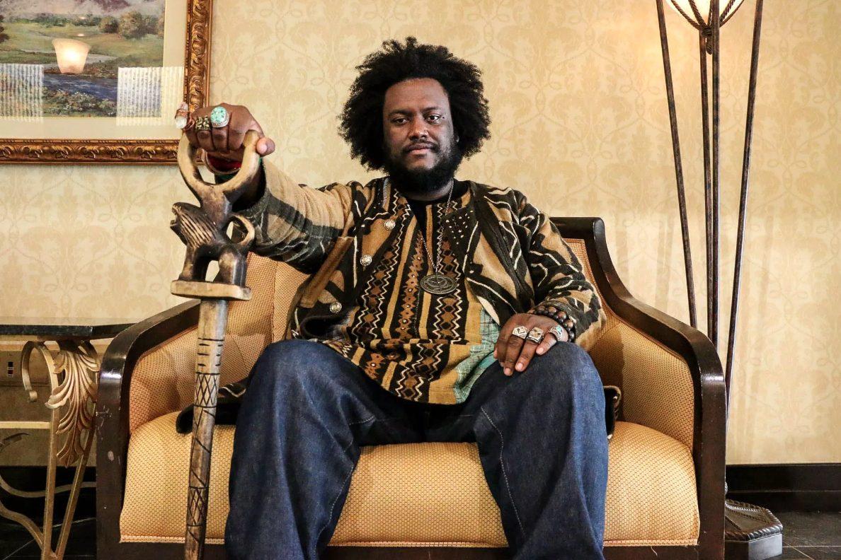 Этим летом в России впервые выступит один из главных представителей современного джаза — Kamasi Washington
