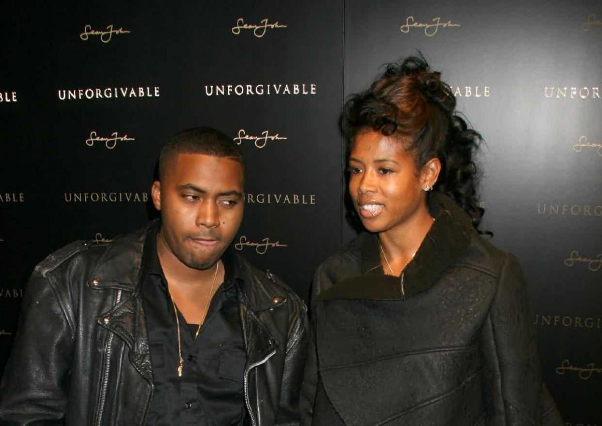 Kelis обязана выплатить Nas'у $15000, они продолжают споры об опеке сына