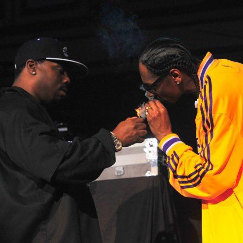 Snoop Dogg поделился воспоминаниями о том как он убедил Dr. Dre добавить Daz Dillinger на трек «Deeez Nuuuts»