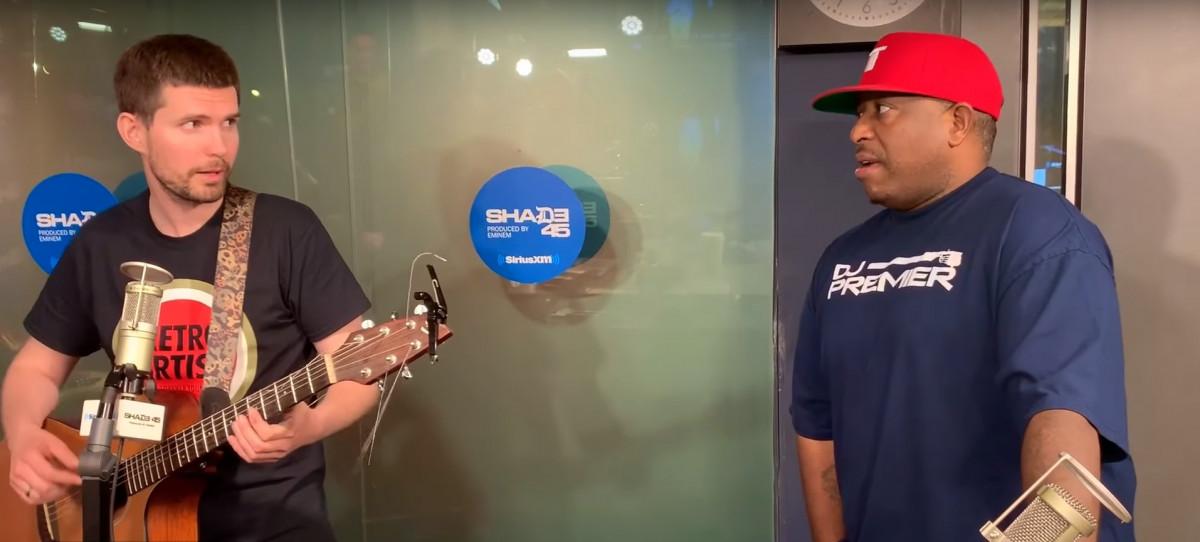 Noize MC дал интервью нью-йоркской радиостанции Shade 45, во время которого в студию зашел DJ Premier