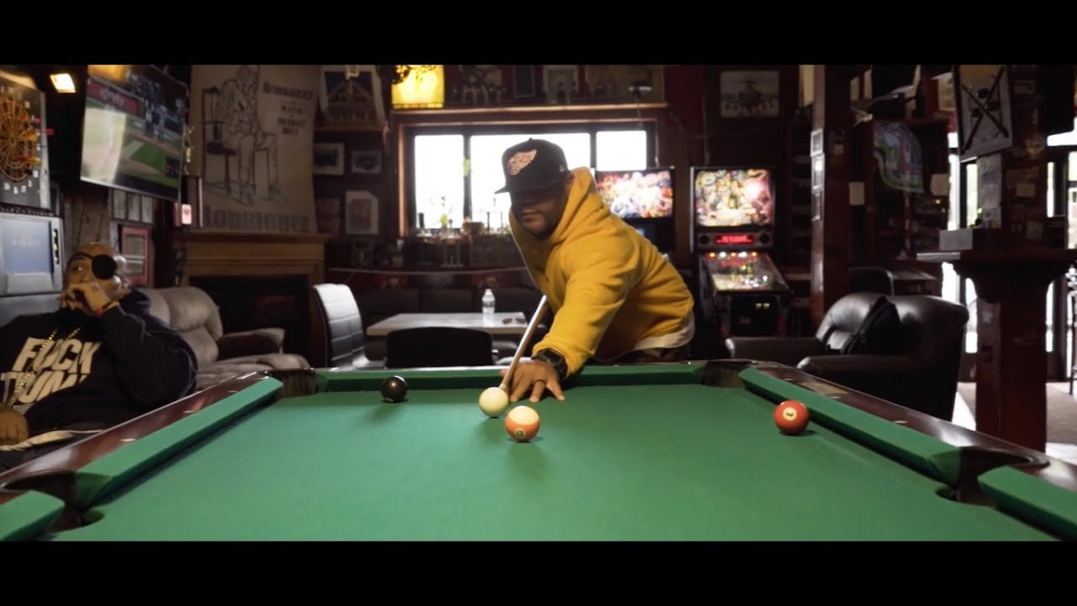 Apollo Brown — «The Backbone» (feat. Guilty Simpson, Fat Ray, Melanie Rutherford)