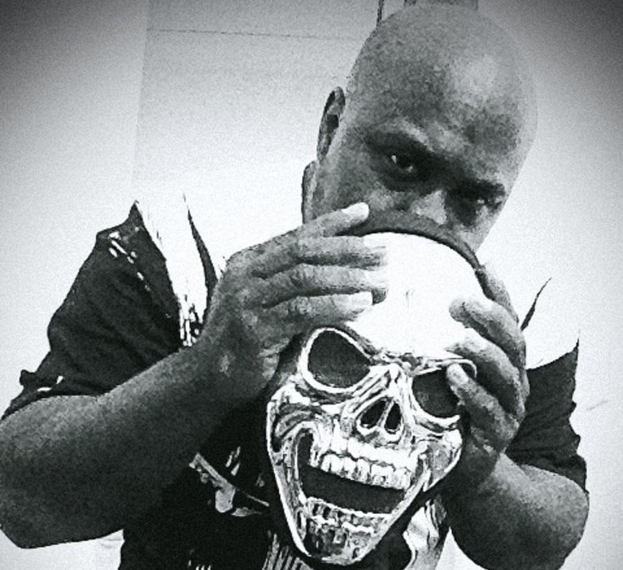 Daneja Mentale — «Knucklehead»