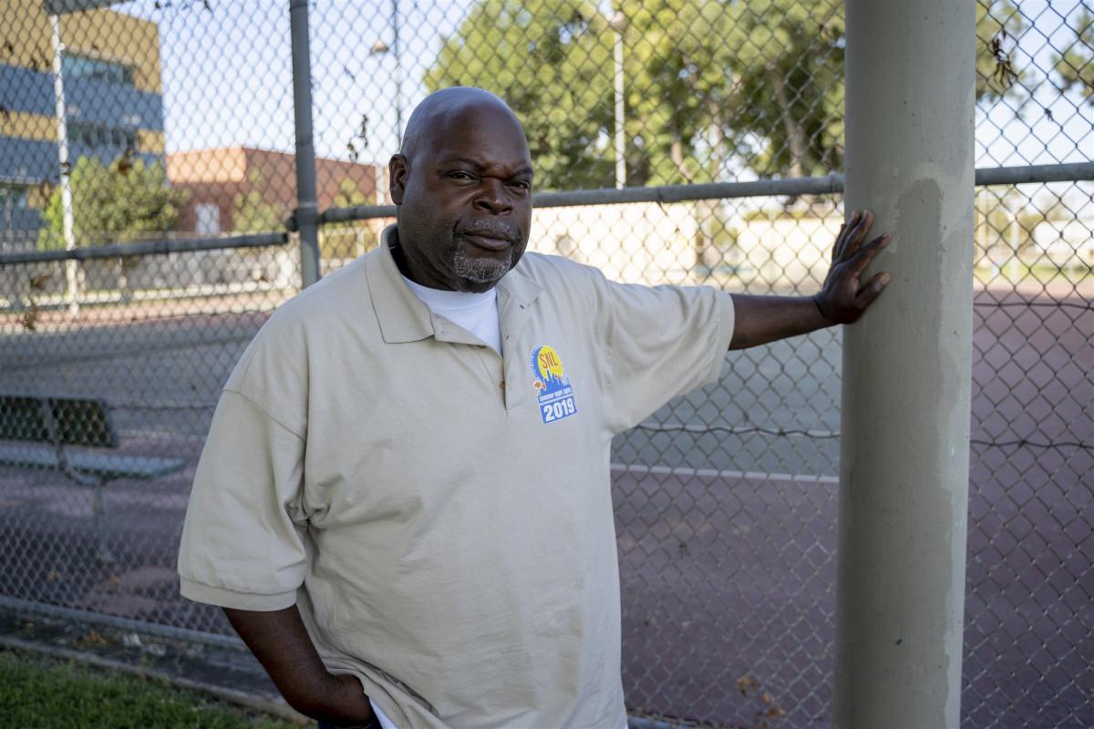 История о том как калифорнийская полиция назвала LV участником банды