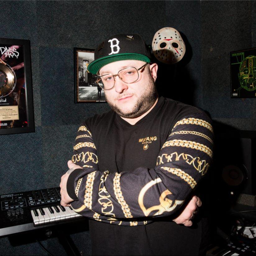 Statik Selektah — «Play Around» (feat. Conway The Machine, 2 Chainz, Killer Mike & Allan Kingdom)