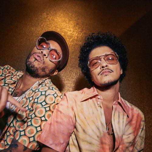 Silk Sonic (Bruno Mars & Anderson .Paak) — «Leave the Door Open»